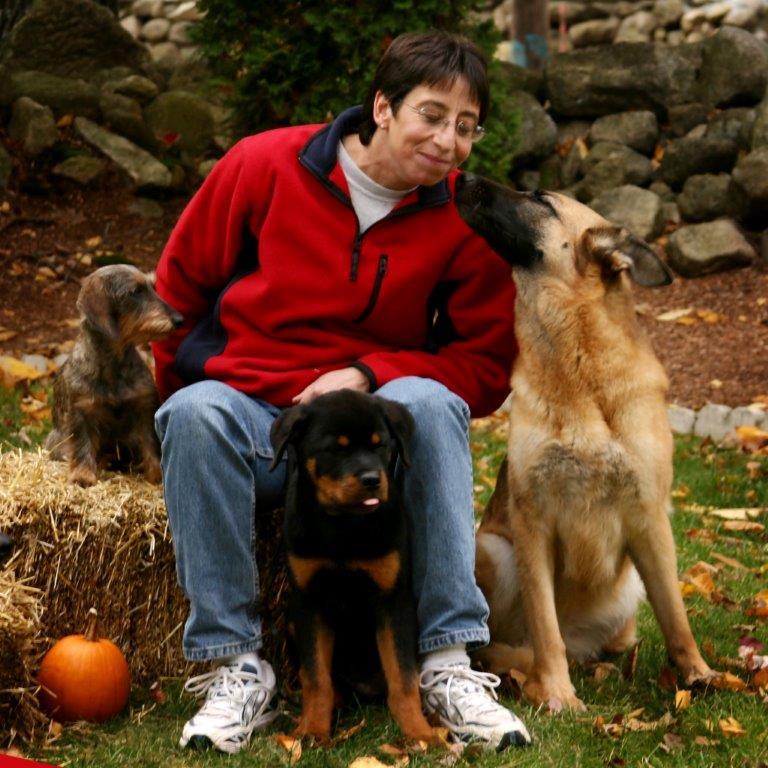 Gail at the kennel, german shepherd puppy training, Gail Cappadona, APDT , CPDT-KA, German Shepherd Breeder ,Dog Training , Dog Boarding ,Dog Behaviorist ,Wok vom Riedschlurgi , Zambo vom Riedschlurgi , Elle Ralhaus (IPO3) , Air Force One